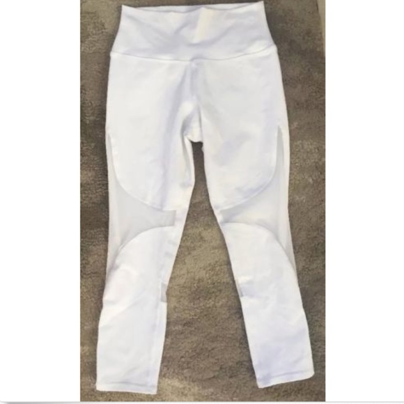 ALO Coast Capris- White- Small